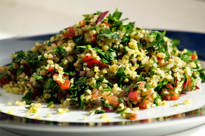 Lite n' Healthy Bulgur Salad-The Perfect Lunch to Keep the Day Going!